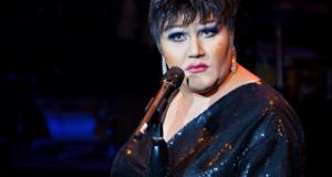 Liza on an E lyric theatre review