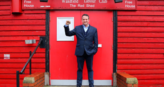 Mark Thomas   The Red Shed