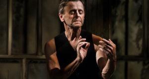 Mikhail Baryshnikov in 'Brodsky/Baryshnikov' West End