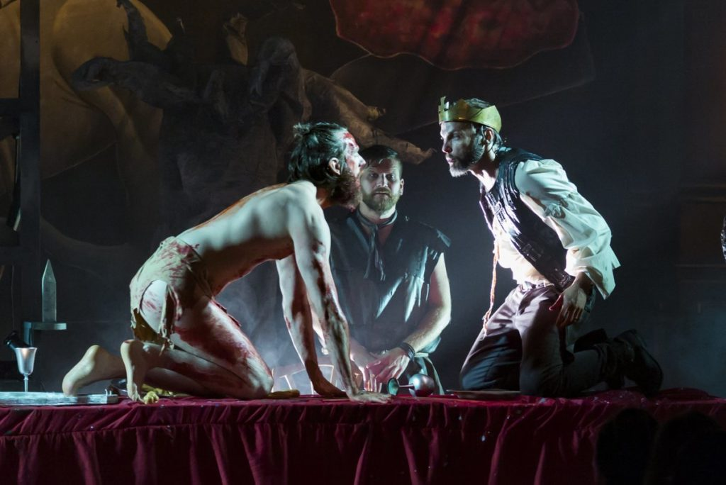 macbeth issues Free essays from bartleby | within shakespeare 's famous 'macbeth ' there are many different themes that make the play the captivating masterpiece that it.