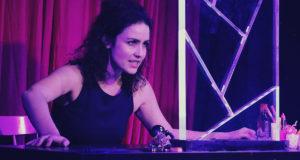 Siobhan McMillan in 'Mirrors' Leicester Square Theatre (Photo credit Thomas Ashton)