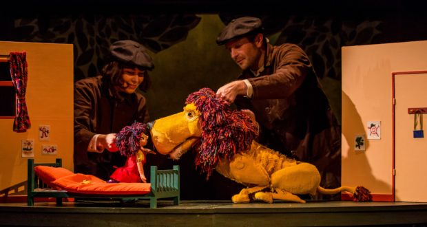 Pigtail Productions' 'How to Hide a Lion' (Photo credit Richard Davenport for The Other Richard)