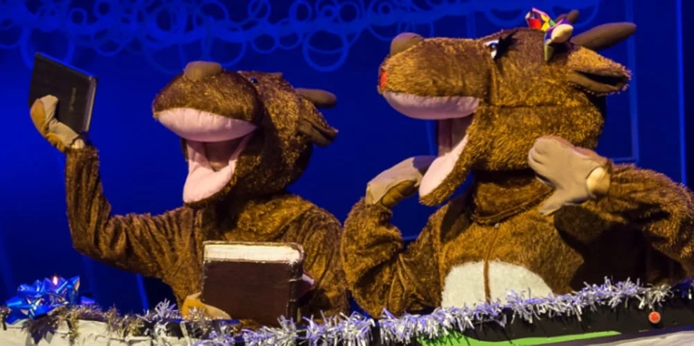 Review: Christmas Tales 'Live On Stage', Chickenshed