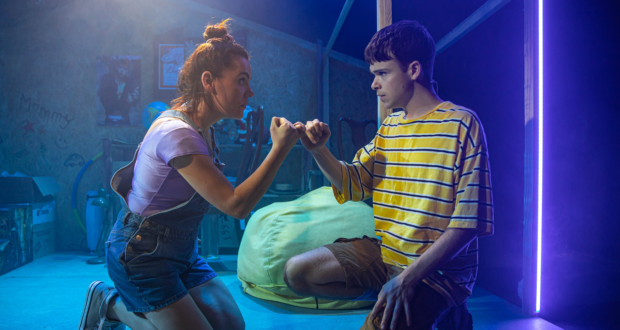 review image for John and Jen at Southwark Playhouse